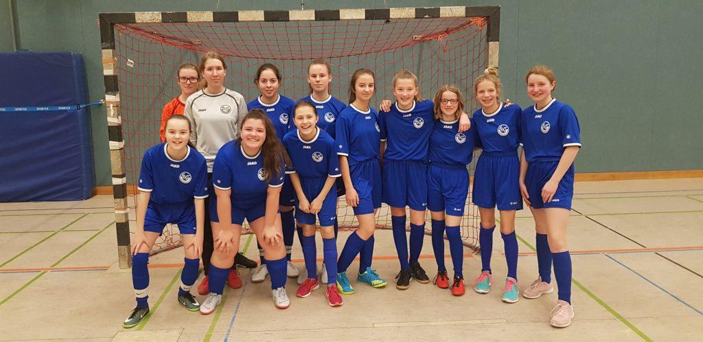Die Serie hält: Mädchenauswahl des KANT nach wie vor ungeschlagen beim Fußballturnier des Schulzentrums