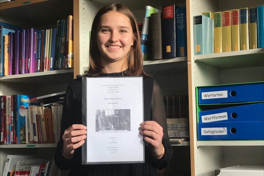"""Schüler schreiben Geschichte"": Großer Erfolg für Teresa Kallinger (Q2)"