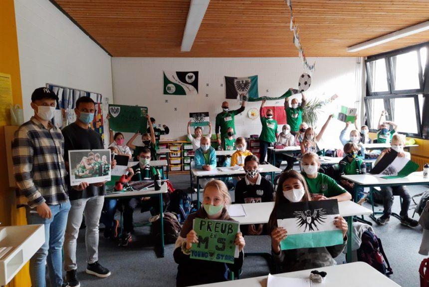 KANT Schüler sorgen für die Extraportion Motivation zum Saisonstart des SC Preußen Münster